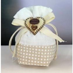 Sacchetto tessuto portaconfetti con decoro cuore