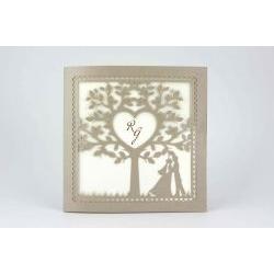 Partecipazione quadrata taglio albero e sposi