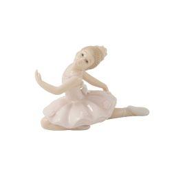 Ballerina Annie Wald