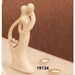 Statua coppia Innamorati con cuore argentato