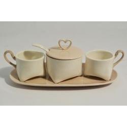 Set da caffè zuccheriera, vassoietto e tazzine cuore