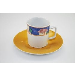 Tazza da caffè con casetta decorata