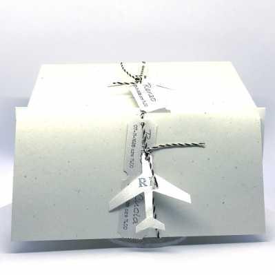 Partecipazione tipo biglietto aereo in carta riciclata