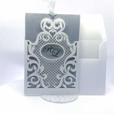 Partecipazione di nozze bianca e argento a taglio laser
