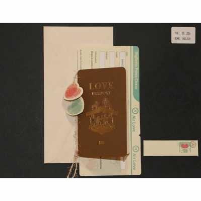 Partecipazione Passaporto con biglietto aereo applicazione cordoncino e cuori in carta