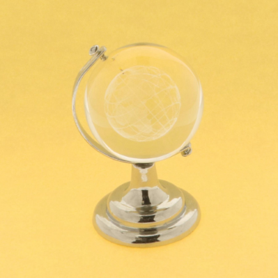 Mappamondo in vetro