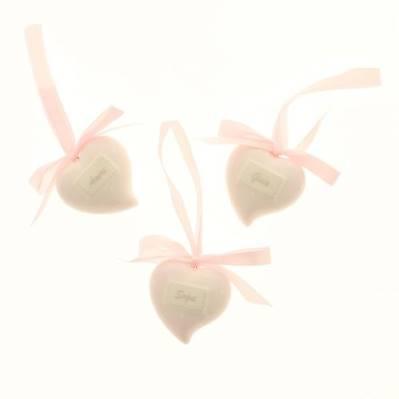 Dolce cuore in porcellana con fiocco