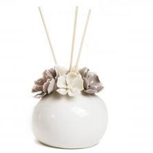 Profumatore con fiore in porcellana - MANDORLE by Paben