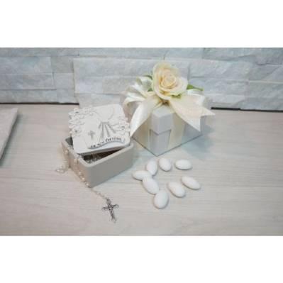 Scatolina cresima portaconfetti con rosario