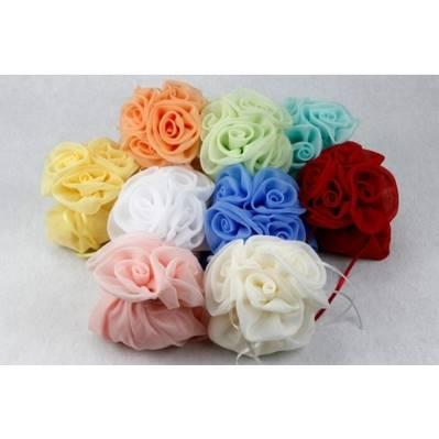Sciarpa in georgette portaconfetti a quattro rose
