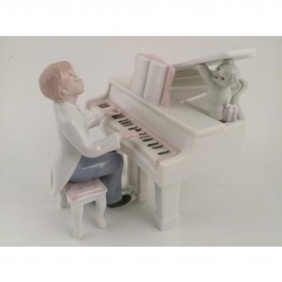 RAGAZZO AL PIANO-CARILLON 14X14X10 - STATUA PORCELLANA