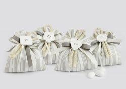 Saccoccino portaconfetti con applicazioni assortite - Matrimonio / Prima Comunione
