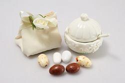 Zuccheriera in ceramica bianca