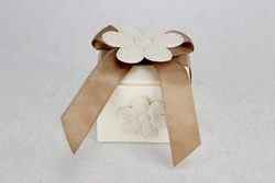 Porta confetti cartone con margherite