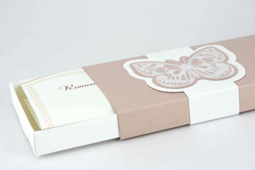 Partecipazione rettangolare forma scatola con farfalla