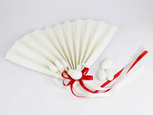 Ventaglio con confetti e decoro rosso + coccinella - bomboniera x laurea
