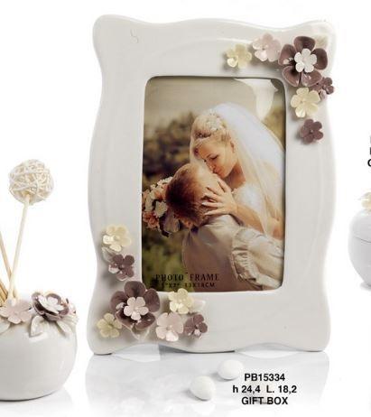 Portafoto con fiori in porcellana  - Mandorle