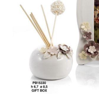 Diffusore con fiori in porcellana  - Mandorle