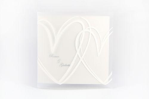 Partecipazione quadrata con cuori bianchi