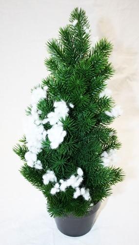 Albero di Natale con neve