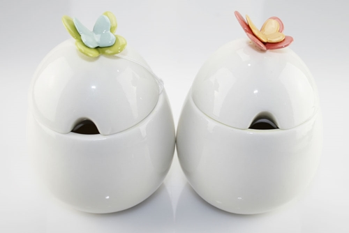 Zuccheriera in porcellana con farfalle Mandorle