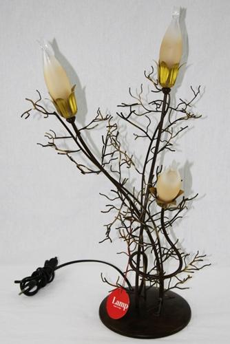 Lume rampicante con fiori