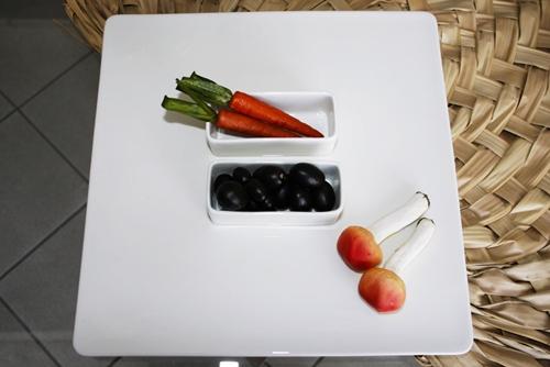 Vassoio quadrato con 2 vaschette portasalse - porcellana